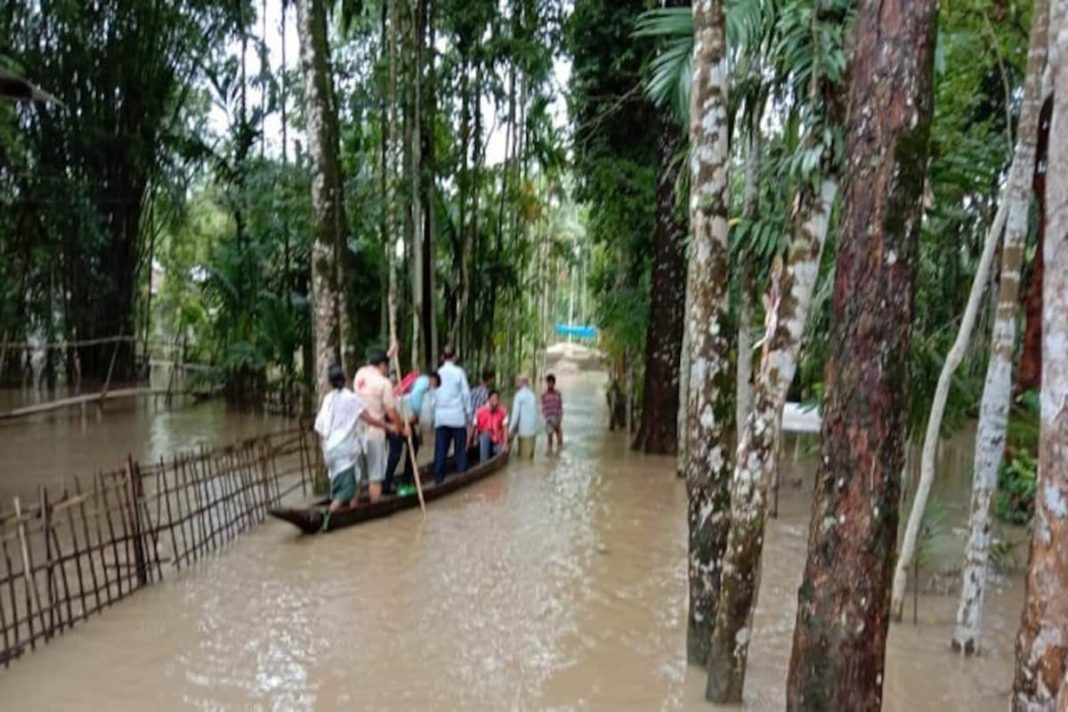 assam flood central governmaent over passed says cpm